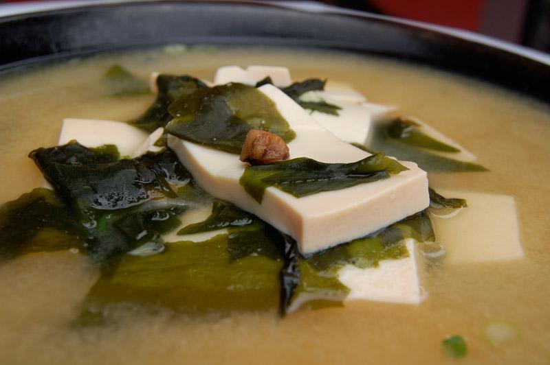 seaweed_tofu_miso_soup