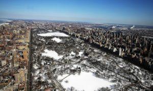 Foto-Foto Menakjubkan Musim Dingin Kali Ini di Amerika Serikat