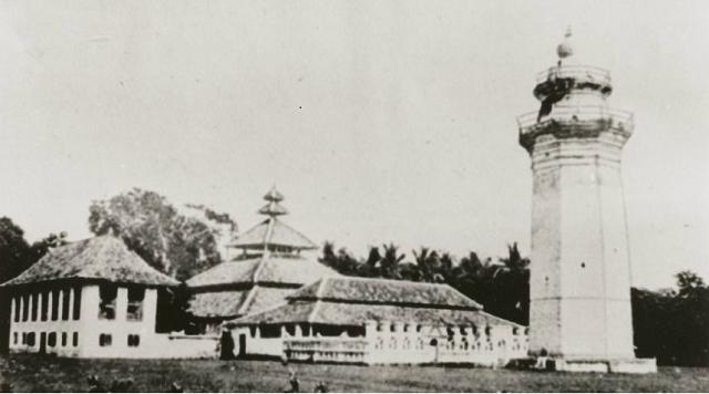Objek Wisata Masjid Agung Banten