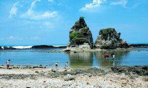 Sawarna, Keindahan Pantai Istimewa Di Banten