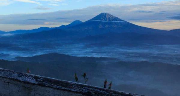 Gunung Sumbing Sindoro