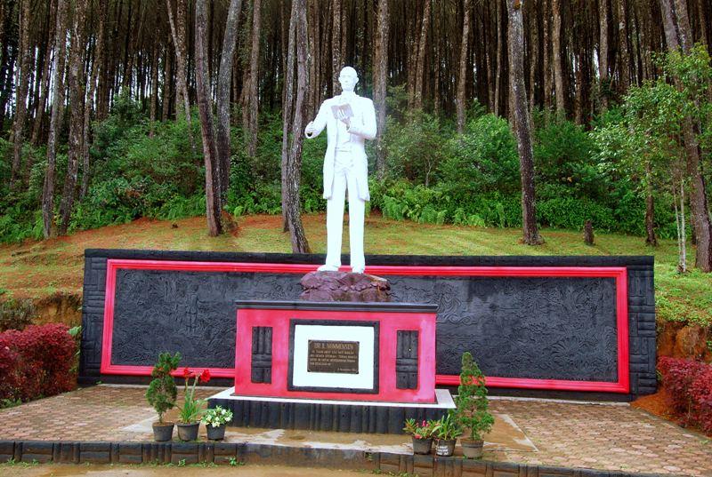 Monumen Nomansen Sumatera Utara